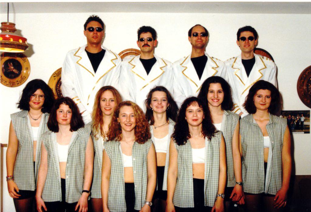 1997-frauen-karohemd